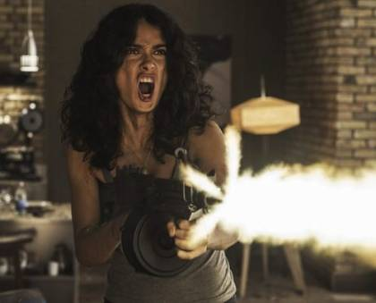 "Trailer: Salma Hayek en thriller de acción ""Everly""!!!"